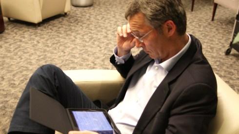 Jens Stoltenberg discovers Twitter