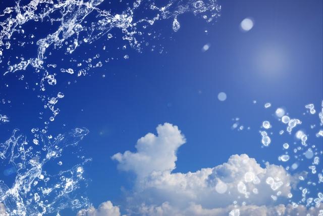 青空と水しぶき