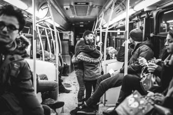 """Photographie de la série """"Street Love"""" de Mikaël Theimer"""