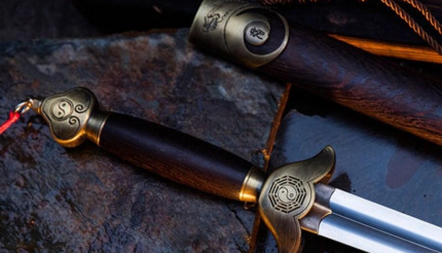Épée de tai chi, création de Guo Jiaxing