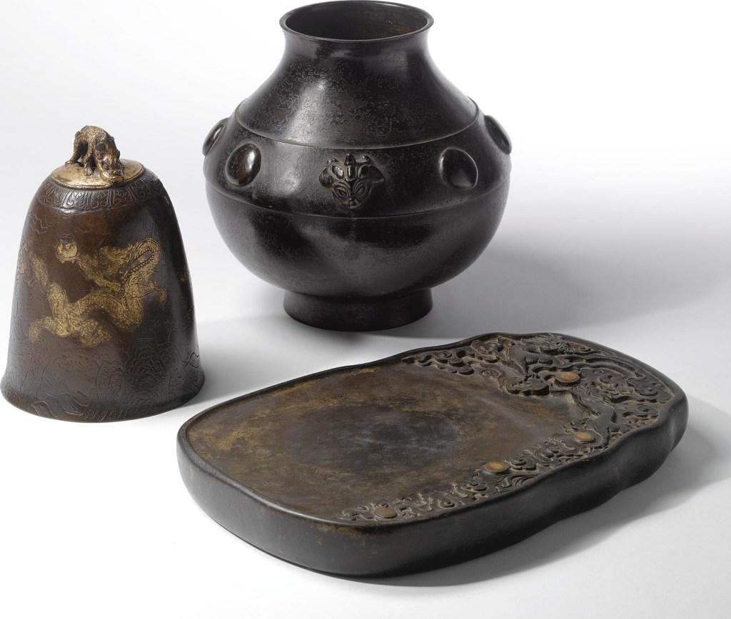 Cloche en bronze doré, colis, dynastie Ming, XVIe - XVIIe siècle