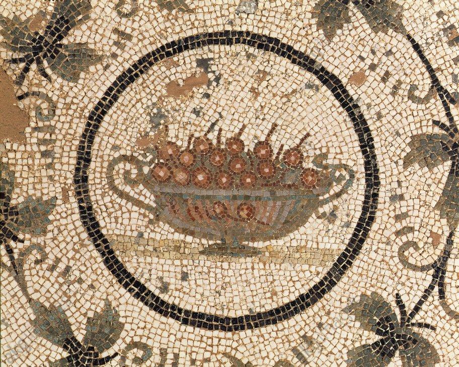 Coupe de cerises, art romain, 3e siècle.