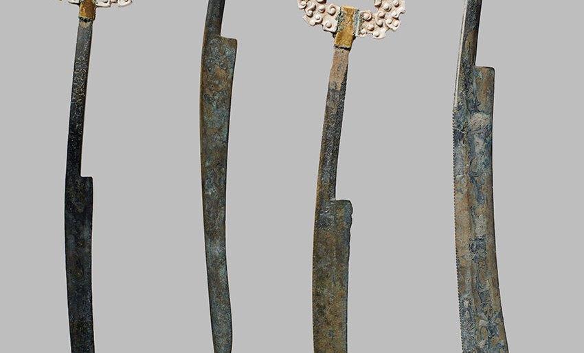 Ensemble de couteaux d'érudit, jade et bronze doré, période des printemps et automnes