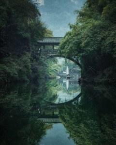 Le pont de Longxi sur la rivière Tribu des Trois Gorges qui se jette dans le Yangtsé