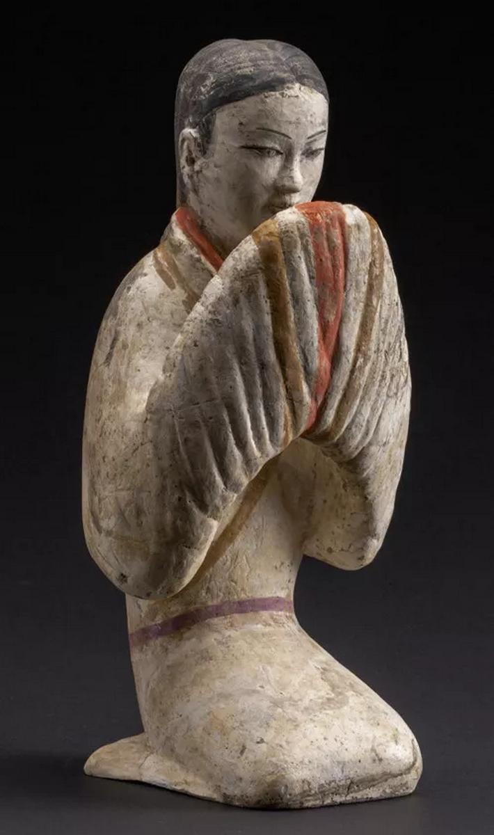 Figurine féminine, terre cuite, Han occidentaux