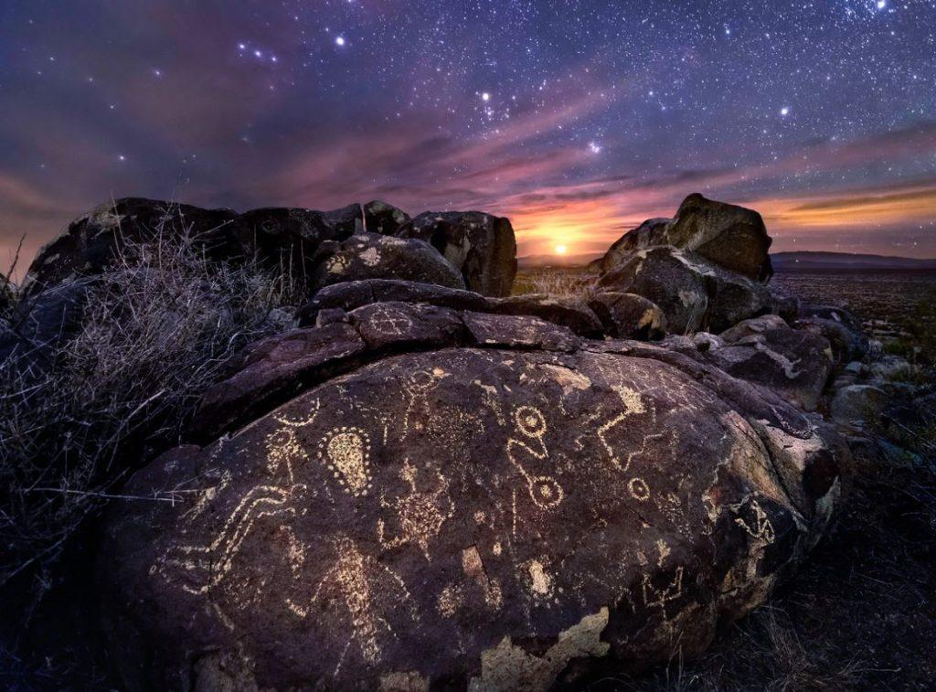 Pétroglyphes du peuple Jornada Mogollon, photographie de Wayne Snuggs