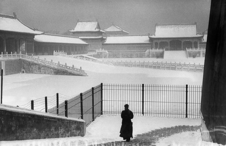 Chine, 1957, Cité interdite sous la neige, photographie de Marc Riboud