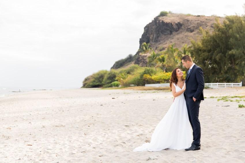 couple-iledelareunion-974-plage-tropical-shooting-seancephoto-trashthedress-photographe