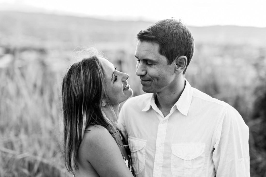 Un couple amoureux lors d'une séance photo à sainte-marie de la Réunion