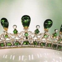 tiara time! Queen Victoria's Diamond and Emerald Tiara