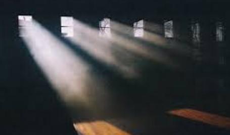 Tempatkan Cahaya Buatan Pada Sudut yang Benar
