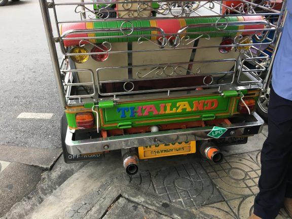 Tia Takes Thailand! (Bangkok Edition)