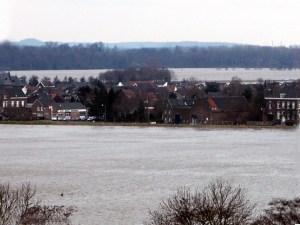 Boschpoort 5-1-2002 watersn.Borgharen. tele