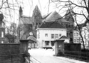 Graanmarkt 1963 vauit ingang stadspark
