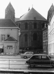 Graanmarkt 1969 met O.L.Vr.kerk