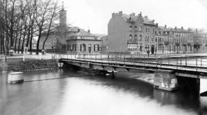 Prins Biscchopsng  hoek St.Pieterskade 1940