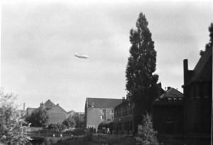 Voedingskanaalweg ±1937 Vellenhuis en Zeppelin.