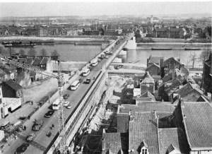 Wilhelminabrug naar Wyck april 1960