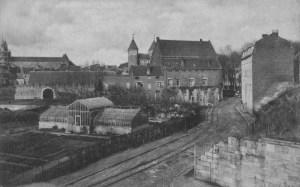 Vijf Koppen met Helpoort en Pesthuis ±1920