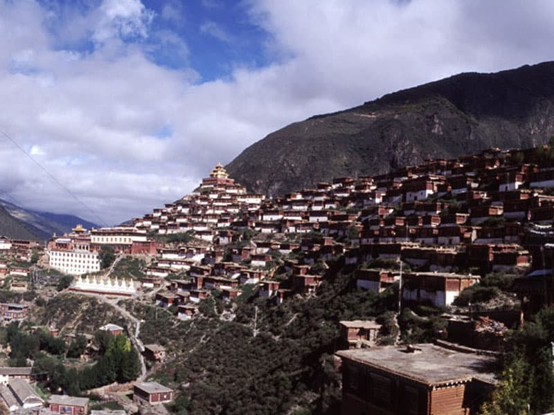 Pelyul monastery