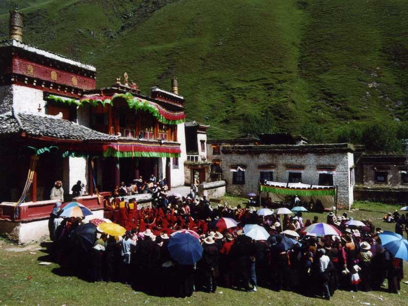 Juli Monastery ceremony