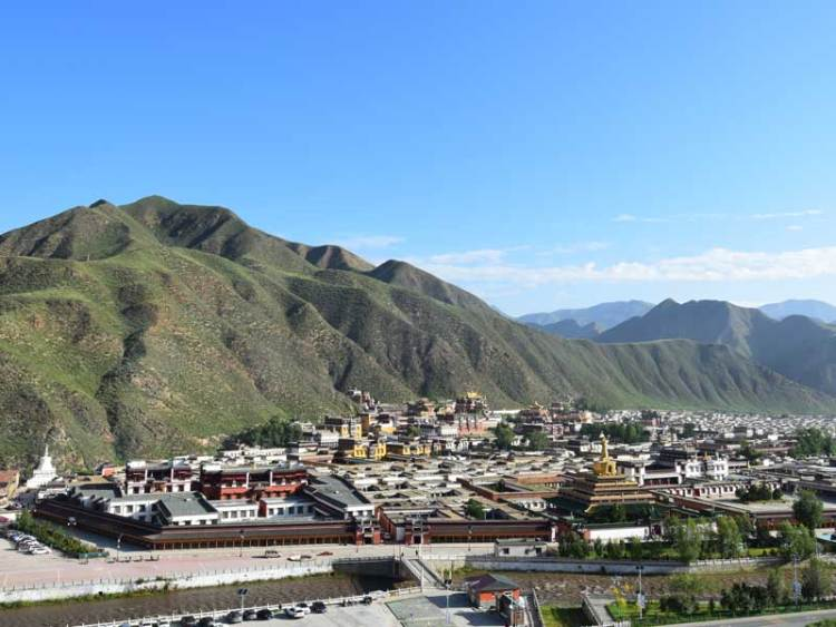 labrang monastery full view