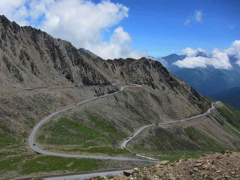 wenchuan county mountain