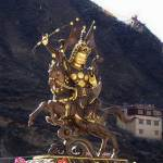 gesar-king-statue
