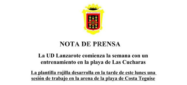 La UD Lanzarote comienza la semana con un entrenamiento en la playa de Las Cucharas