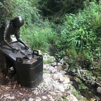 cineto-statua