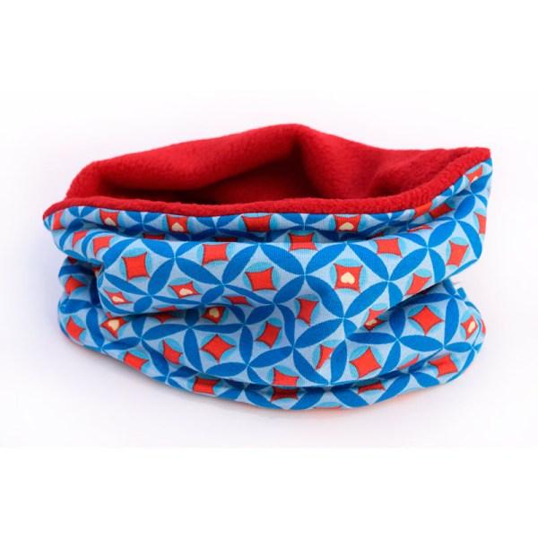 Cuello polar para niños con aires Retro, en azul y rojo
