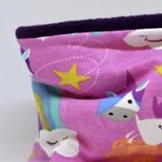 Cuello polar tipo braga con dibujos de caballo unicornio en rosa