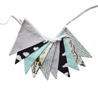 Guirnalda decorativa de tela Pájaros en b/n y turquesa