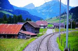 train-tracks-valley