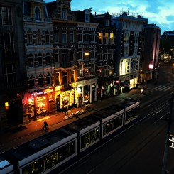 amsterdam-at-night