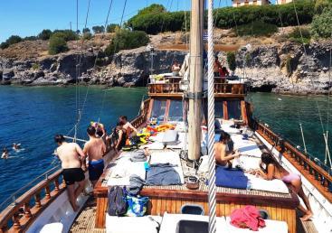 1 Day Cruise 3 Islands to Agistri, Moni and Aegina - Semi-Private (Ημερίσια Κρουαζιέρα σε 3 Νησιά απο Αθήνα στο Αγκίστρι, Μονή και Αίγινα) Ticketseller