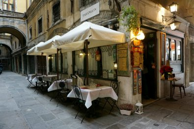 Quiet local with terrace in Venice