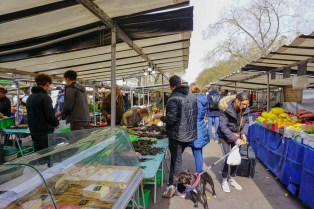 Bastille market offers
