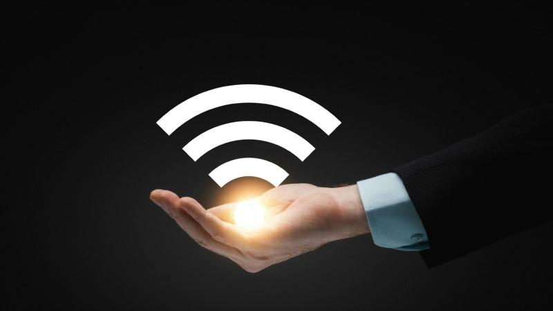 Une équipe de physiciens teste avec succès le transfert de données à très haut débit en zone urbaine par la lumière