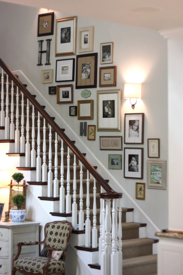 Decorating Staircase Ideas & Inspiration - Tidbits&twine
