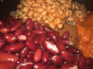 Slow Cooker Chilli - Tidbits by Taylor