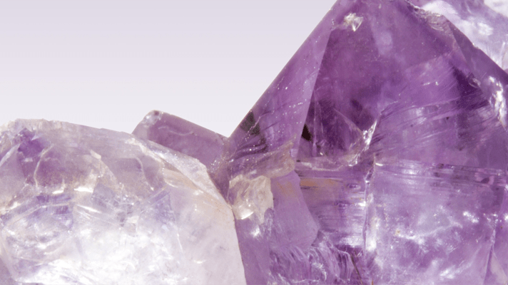 6 Powerful Crystals to Have In Your Healing Kit