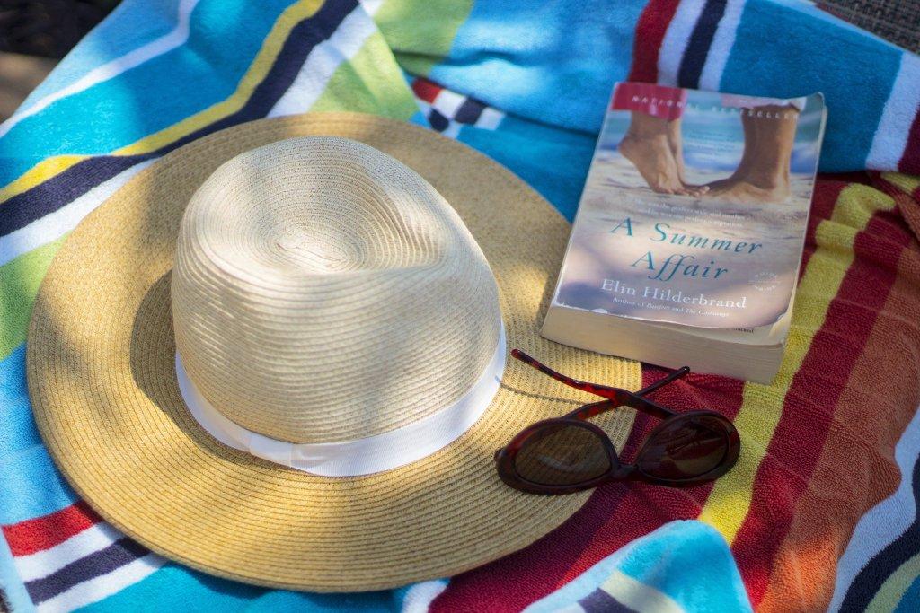 Sexy beach read photo