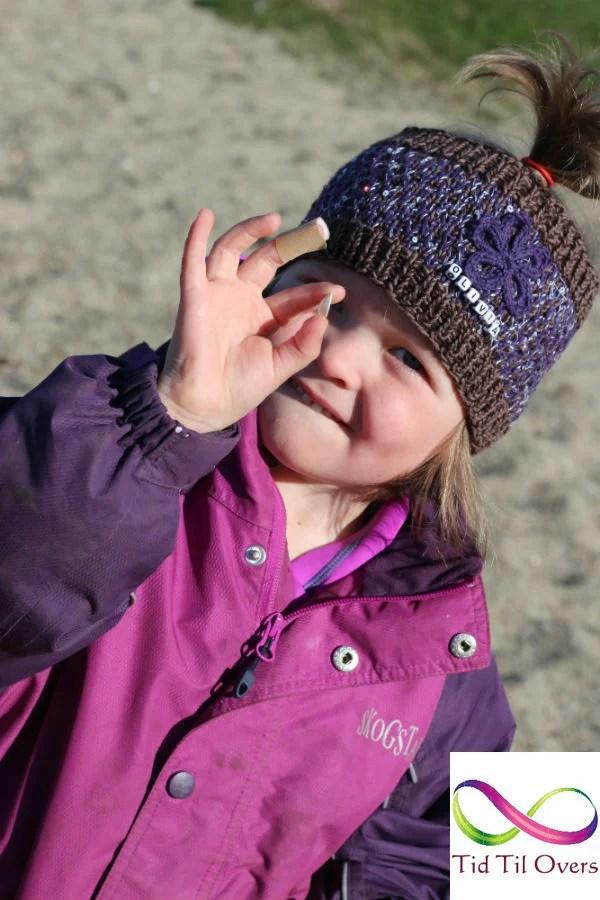 Olivia med klompelompepannebnd