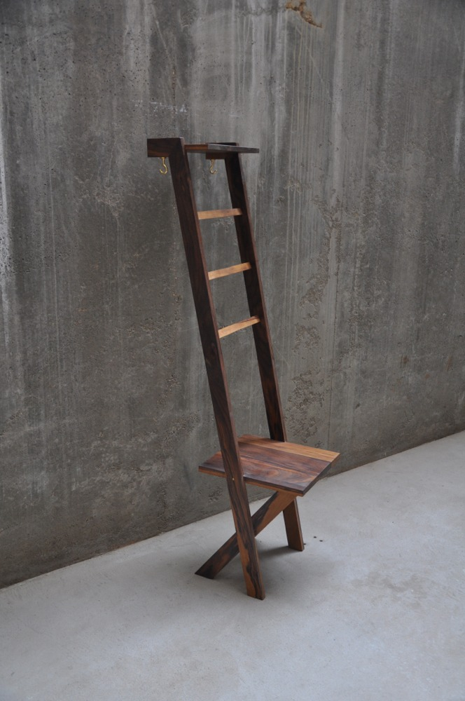 TB 2  Valet Stand Butler Stand Clothes Ladder