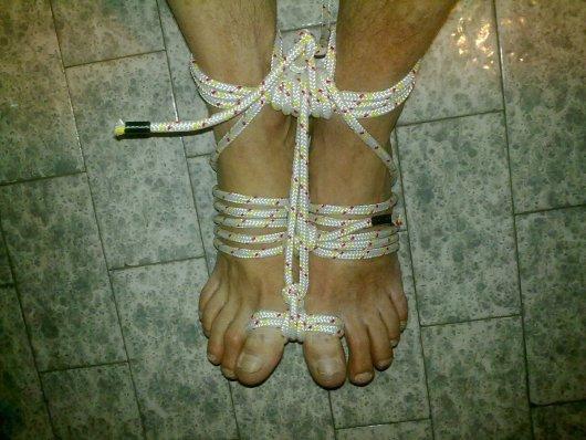 feet-rope-03