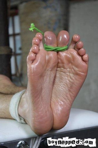 MetalbondNYC_gay_male_bondage_boynapped_tickling