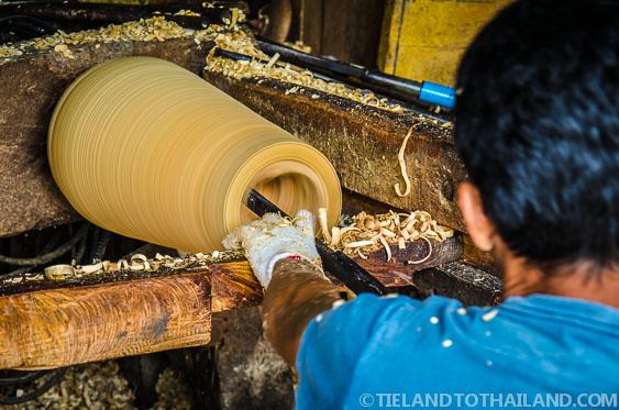 Mango Wood Worker