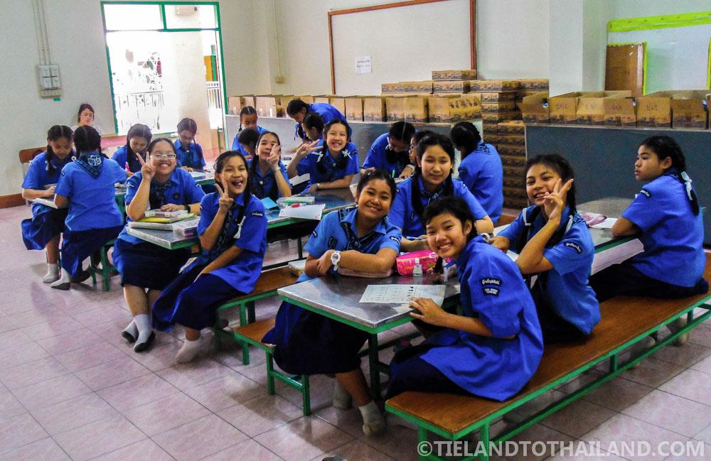 Happy Thai students!