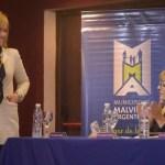 MALVINAS ARGENTINAS ABORDA LA PROBLEMÁTICA DE VIOLENCIA DE GÉNERO